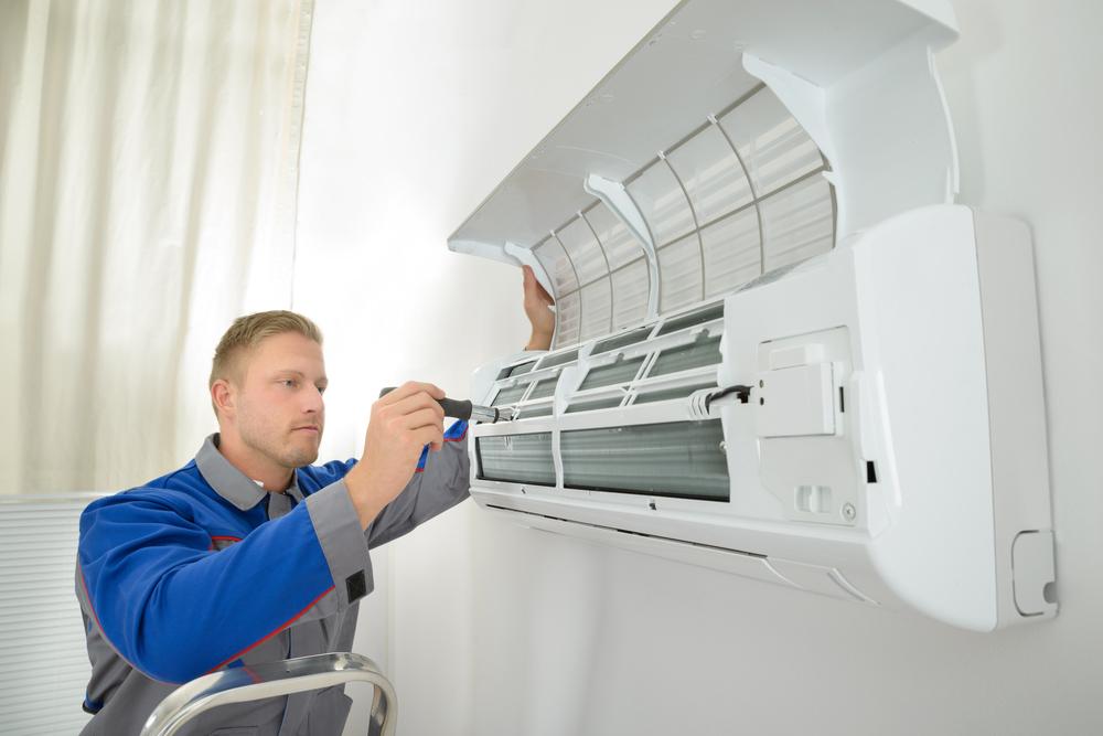 Descubra o que causa o mau cheiro no ar-condicionado