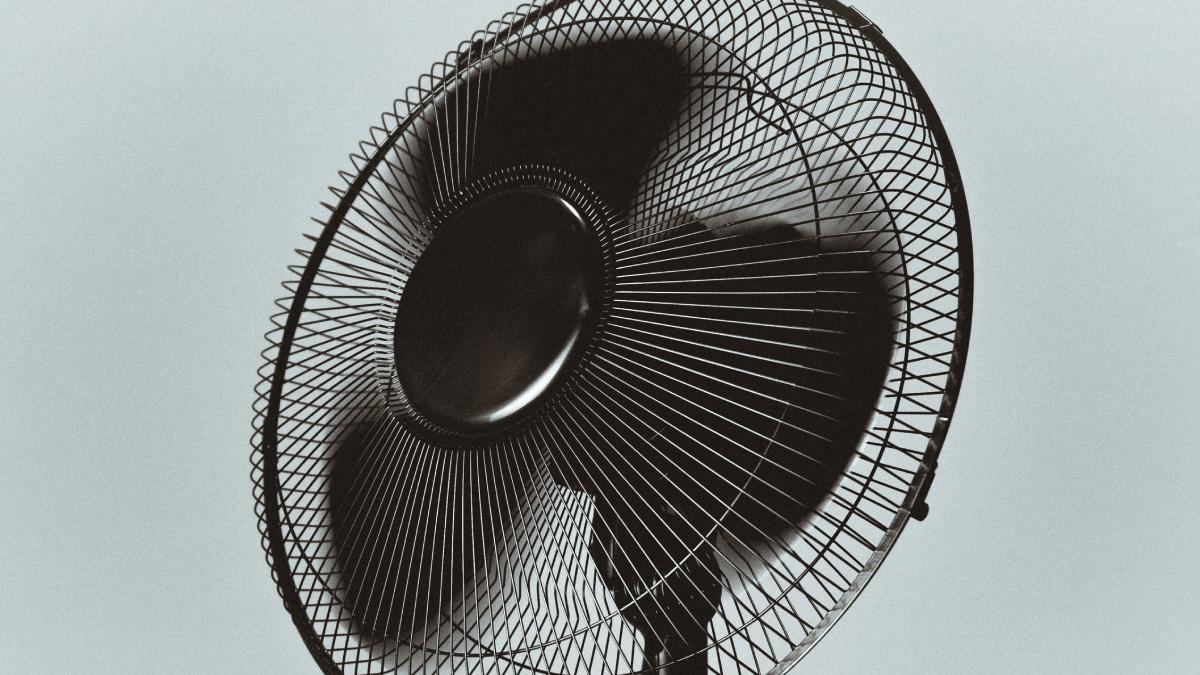 Turbine o seu ventilador para resfriar um ambiente rapidamente